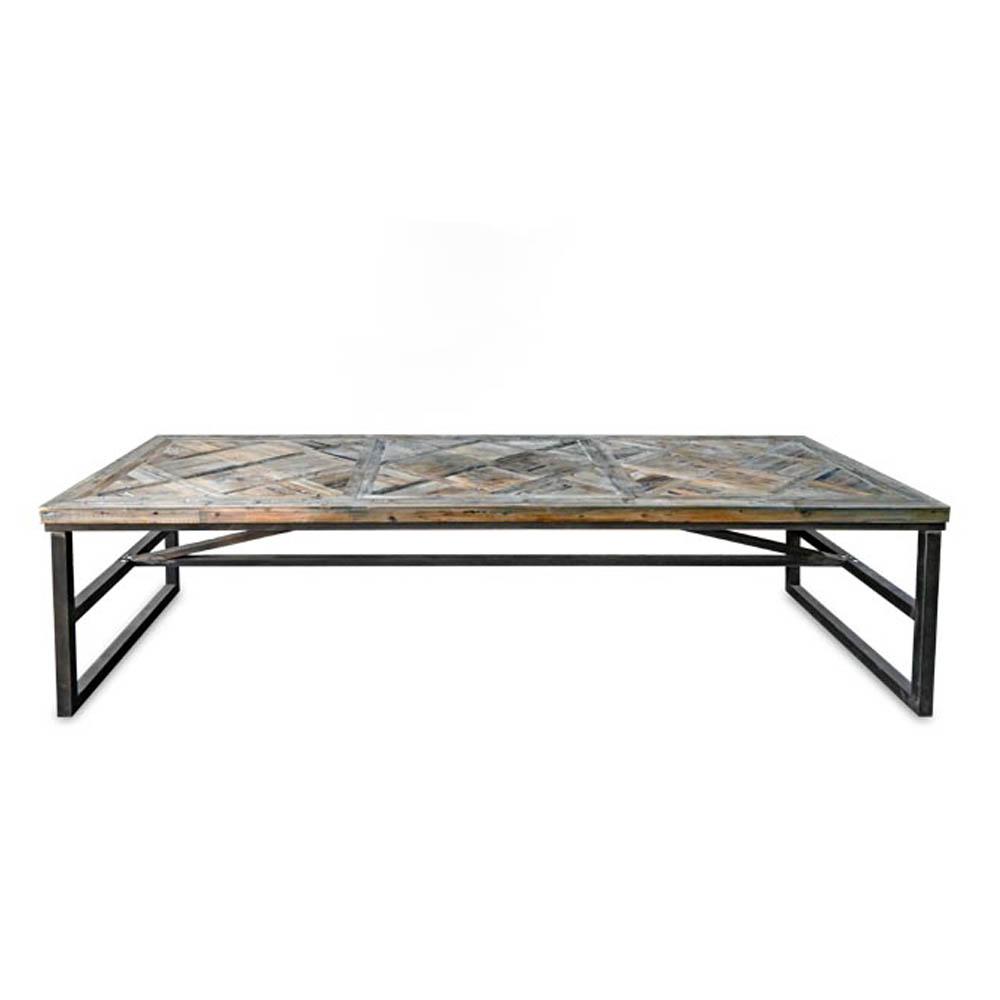 Mesa com tampo de Madeira