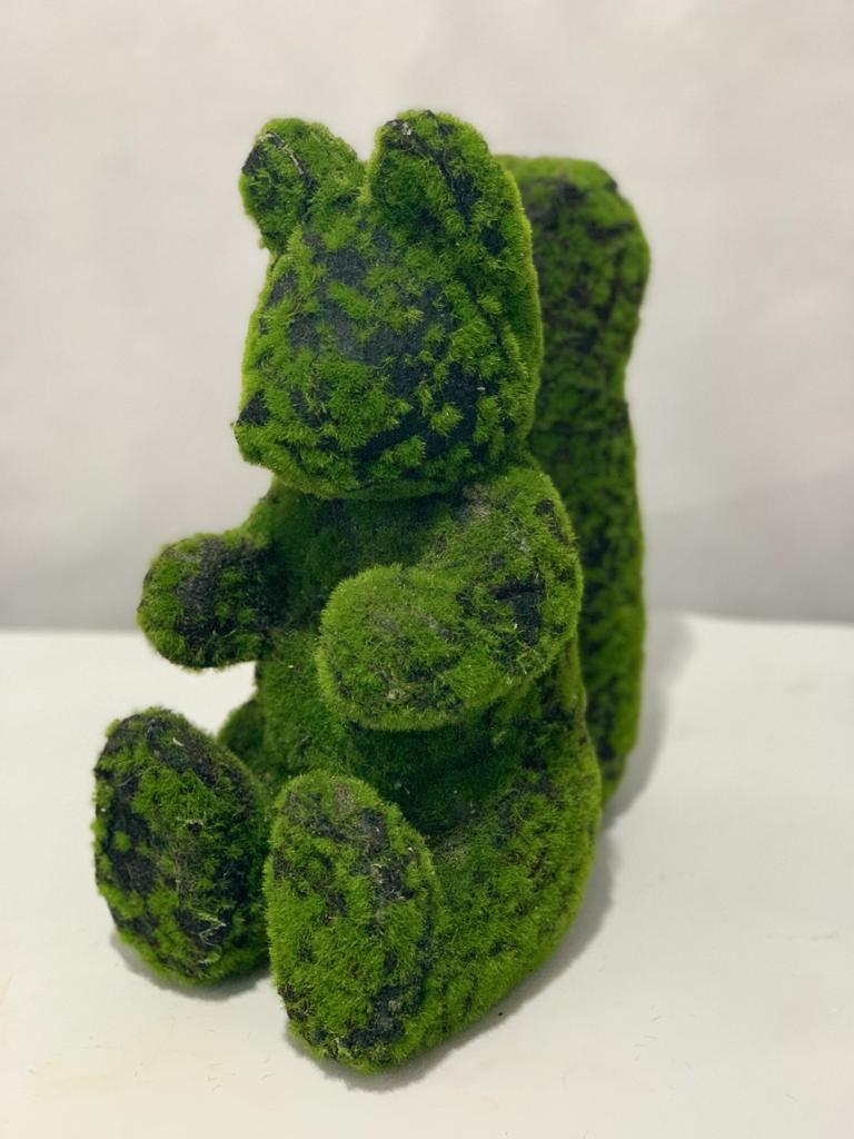 Esquilo musgo verde 32cm altura