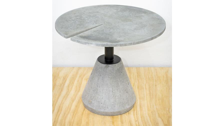 Mesa Minuto Cinza Claro  (disponível em diferentes cores, diâmetros e alturas)