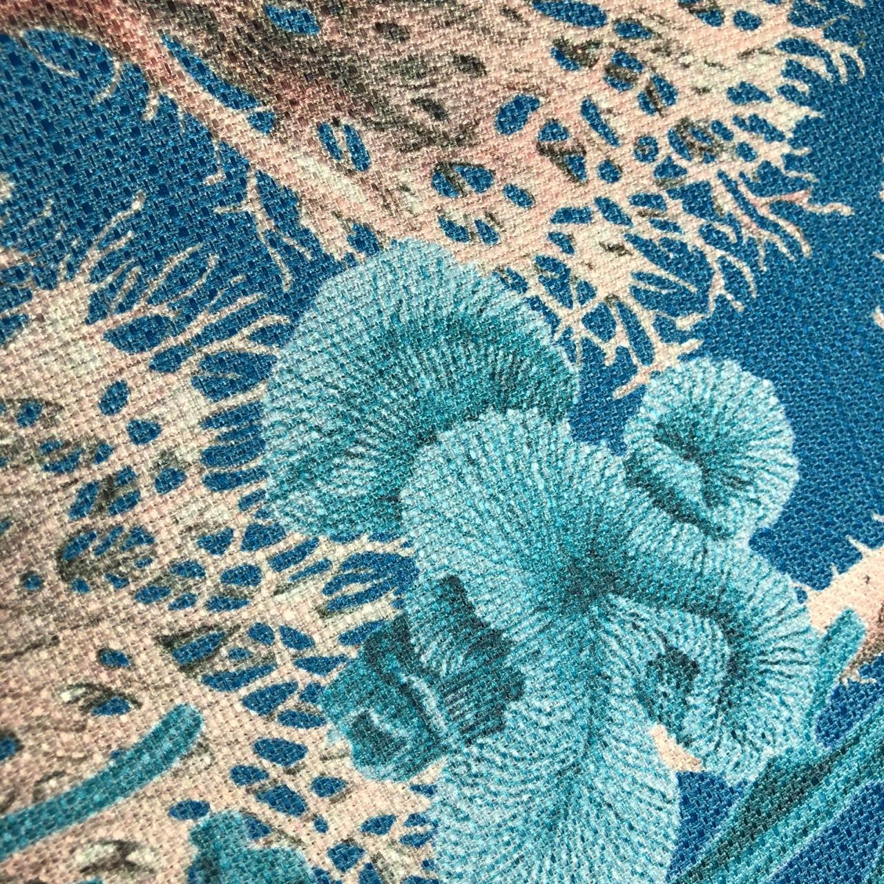 Detalhe da estampa tecido linho 100% Poliéster