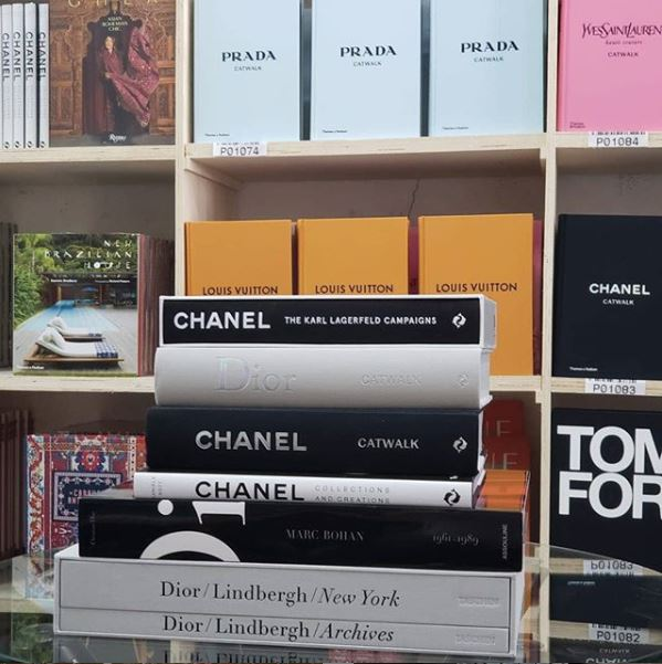 Livros: Chanel The Karl, Dior Catwalk, Chanel Catwalk, Chanel Collections and Creations, Dior By Marc Bohan.