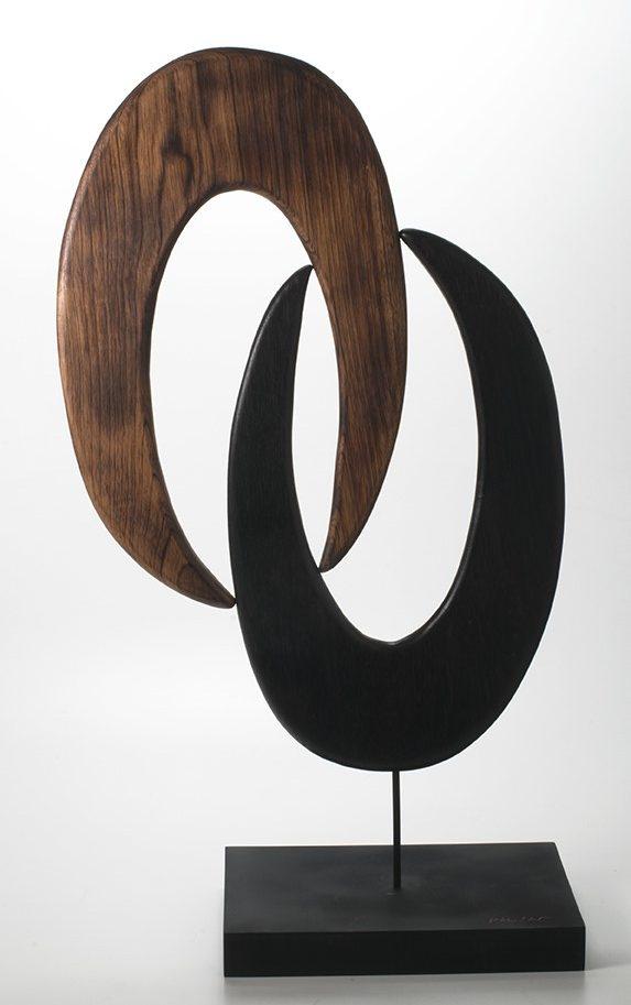 Escultura Garras G