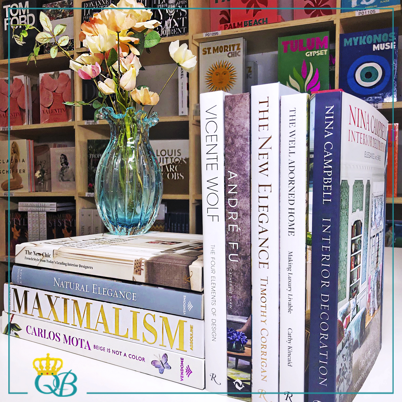 Livros: Beige in Not a Color, Maximalism: Sig Bergamin, Natural Elegance, The New Chic, The Four Elements of Design, André Fu: Crossing Cultures With Design, The New Elegance, The Well Adorned Home, Nina Campbell: Interior Decoration.