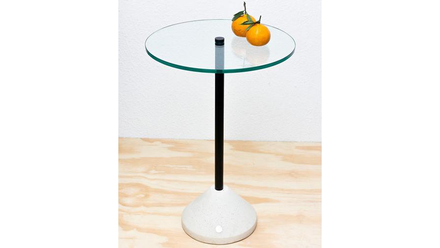 Mesa Inércia Branca com vidro (disponível em diferentes cores, alturas e com 2 tipos de tampos))