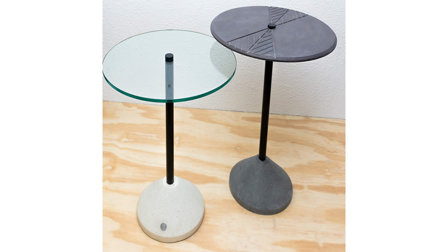 Mesa Inércia (disponível em diferentes cores, alturas e com 2 tipos de tampos))