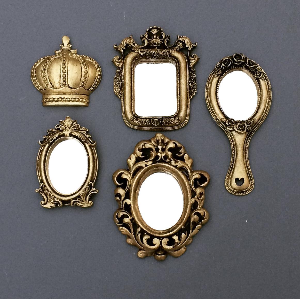 Modelos de molduras espelhadas e aplique coroa em resina