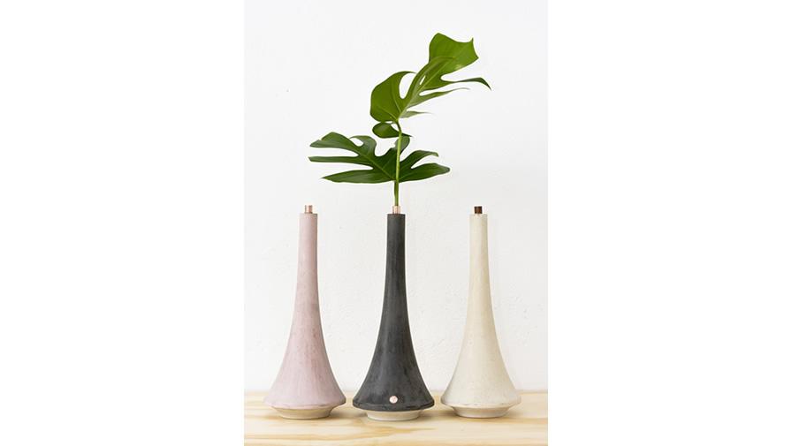 Vaso Oscar 1 Rosa, Cinza Escuro e Branco (disponível em 6 cores)