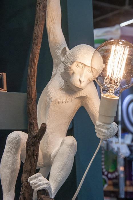 Luminária Chimpanze na Árvore branco