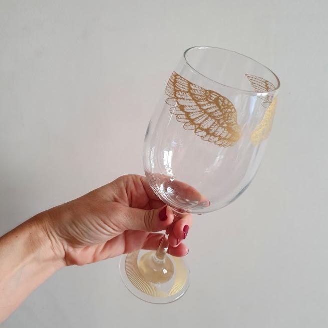 Taça de vinho da Coleção Emoções Urbanas Heaven